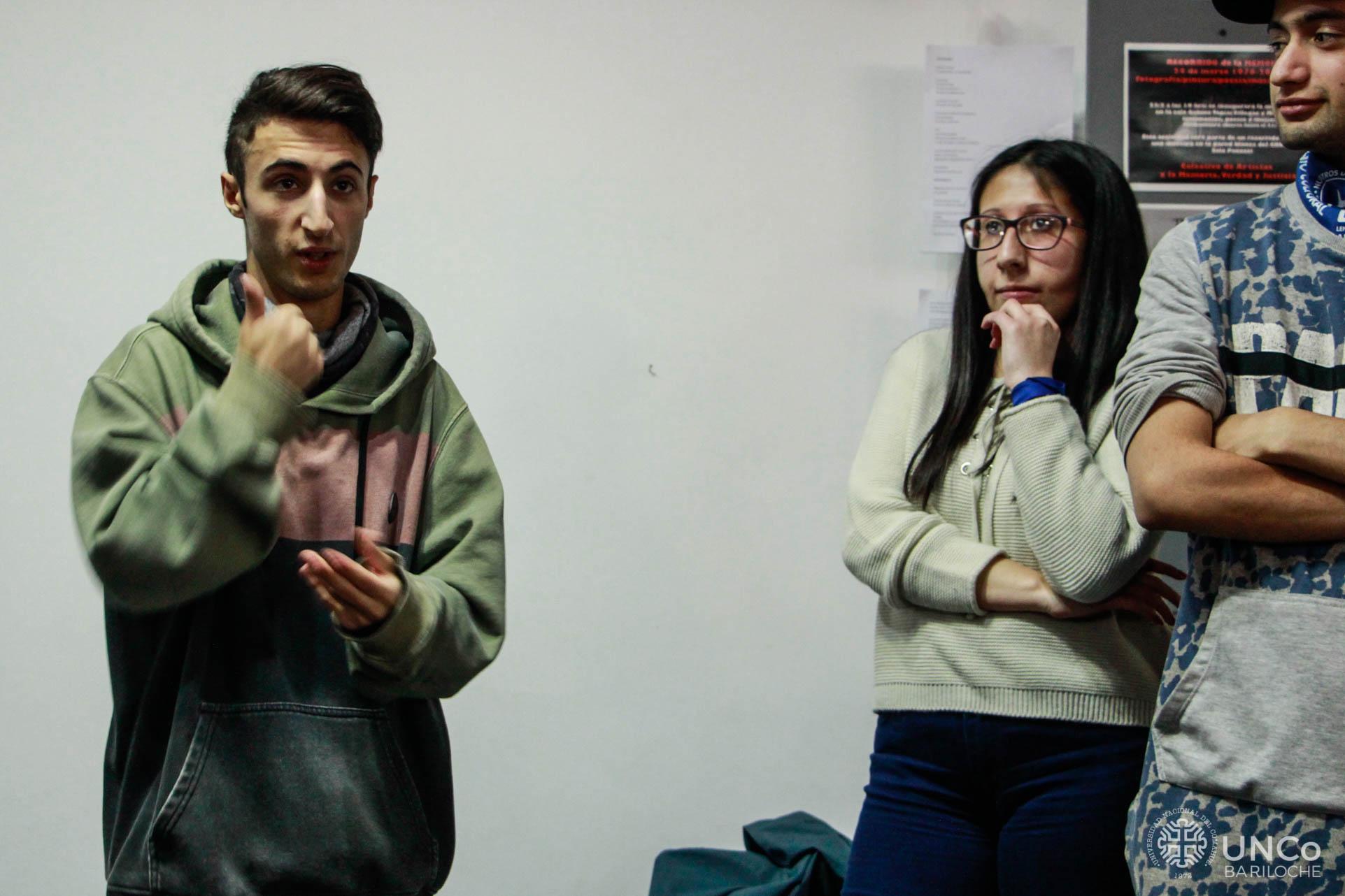 Reclamo por intérpretes-9
