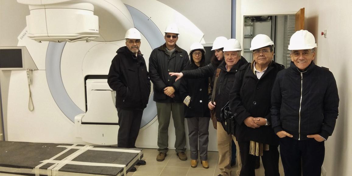 Visita al futuro Centro Integral de Medicina Nuclear y Radioterapia en el Centro Atómico Bariloche