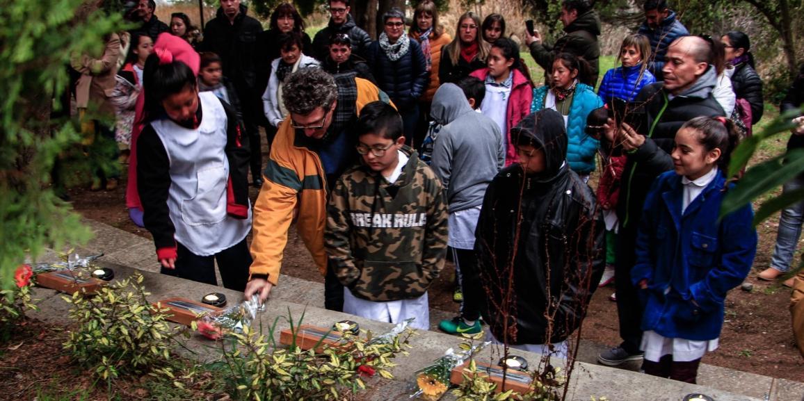 Con música y proyectos se recordó a los 9 estudiantes del accidente del cerro Ventana