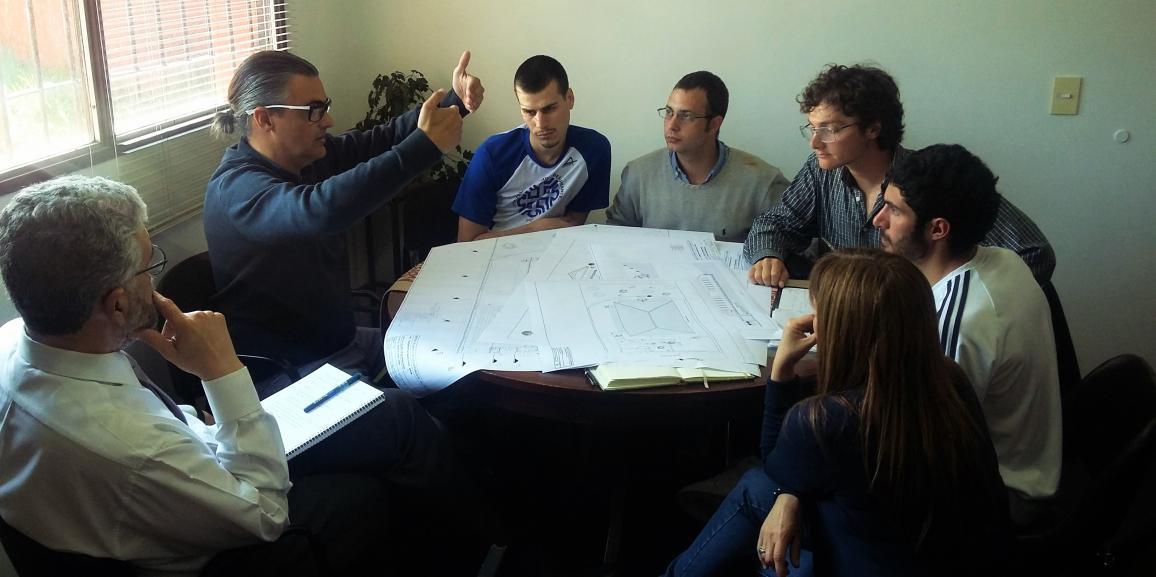 El Ministro Carlos Valeri se reunió con el Equipo de Gestión e integrantes del Centro de Estudiantes UNCo Bariloche