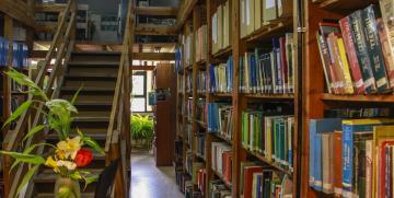 La Biblioteca de la UNCo Bariloche llegó a los 10.000 libros