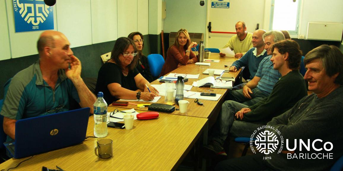 Se trató en Comisión la posible reestructuración departamental de la UNCo Bariloche
